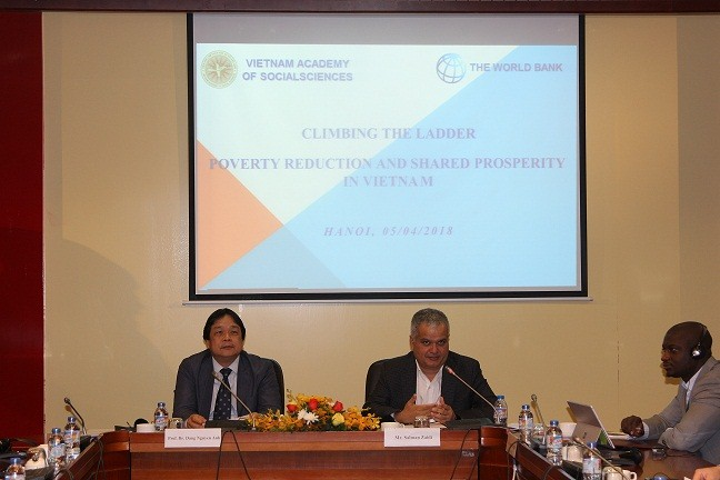 Prof.Dr. Dang Nguyen Anh and Mr. Salman Zaidi chaired the seminar