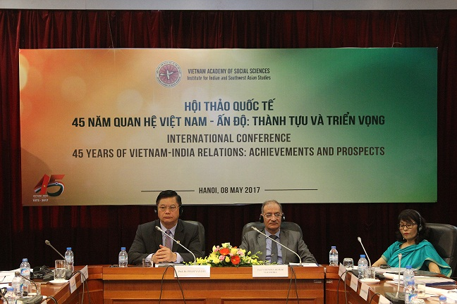 Prof.Dr. Pham Van Duc and Prof. Virendra Kumar Malhotra<br>presided over Opening session at the Workshop